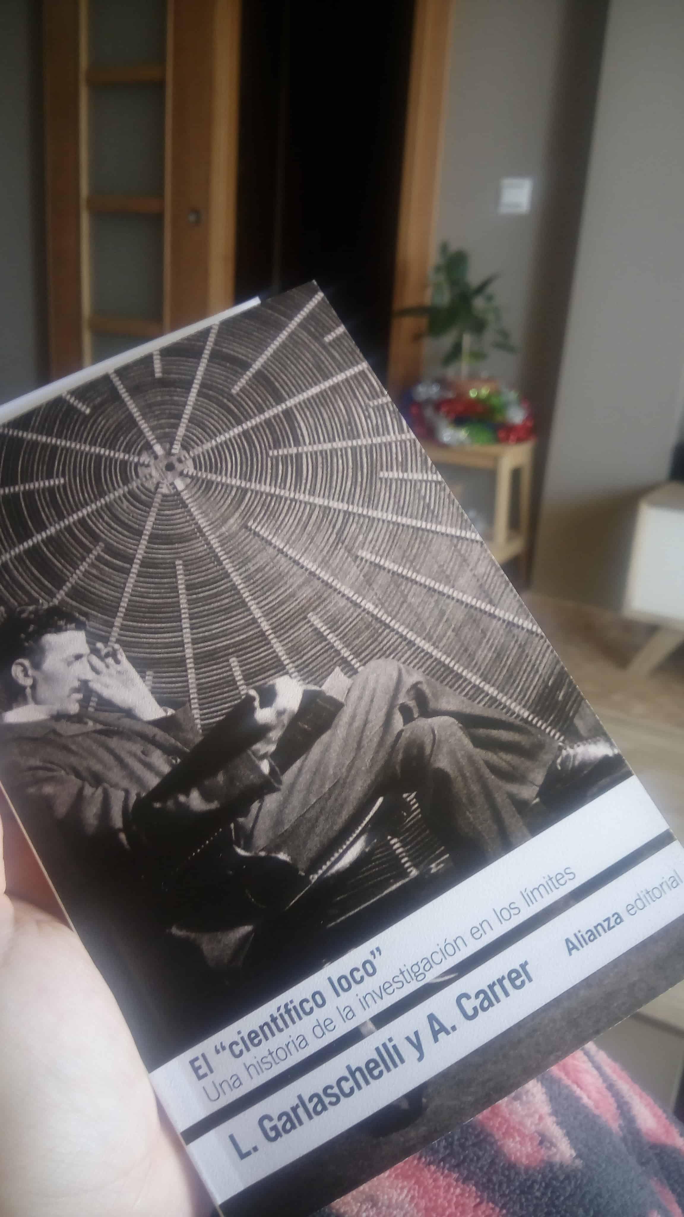 EL «CIENTÍFICO LOCO», de L.Garlaschelli y A. Carrer.