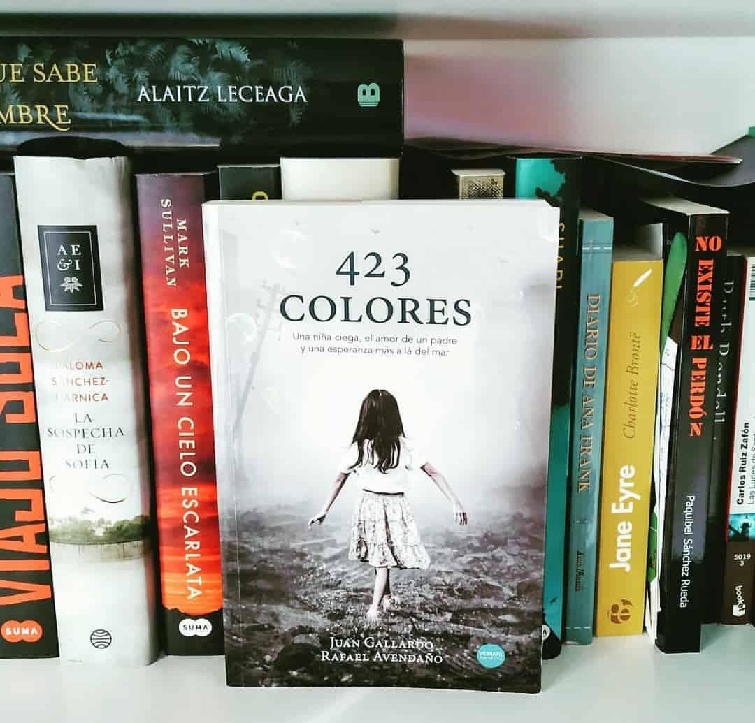 423 COLORES, de Juan Gallardo y Rafael Avendaño