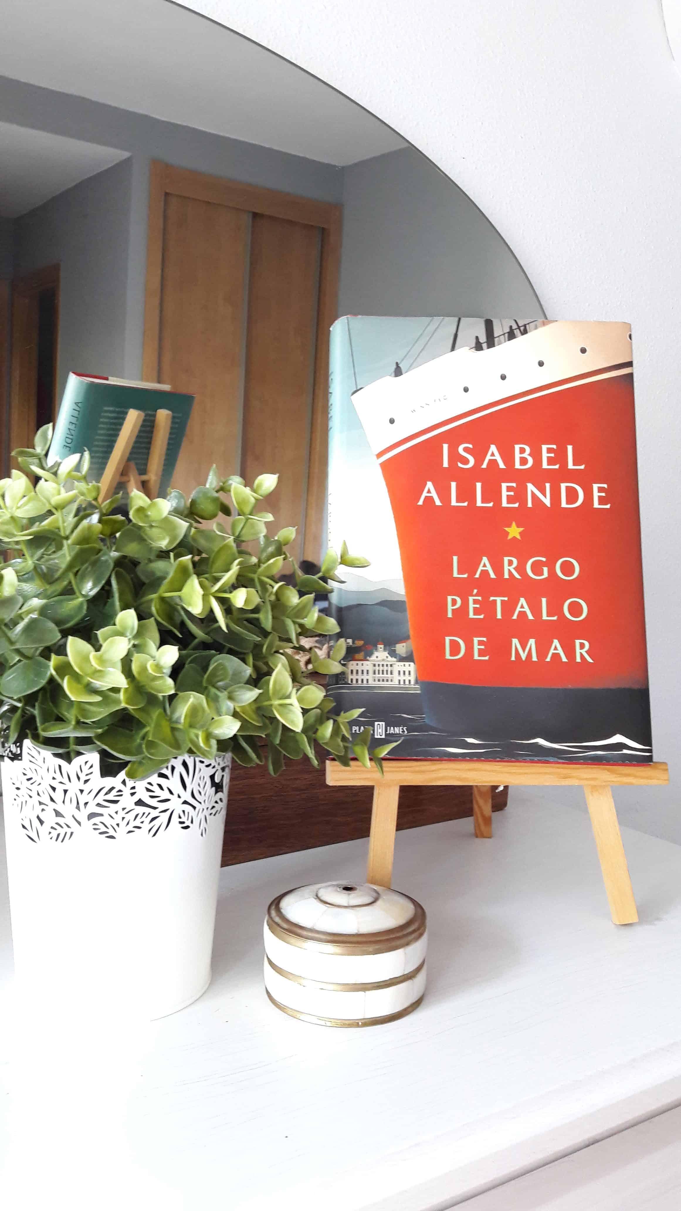 «LARGO PÉTALO DE MAR», de Isabel Allende