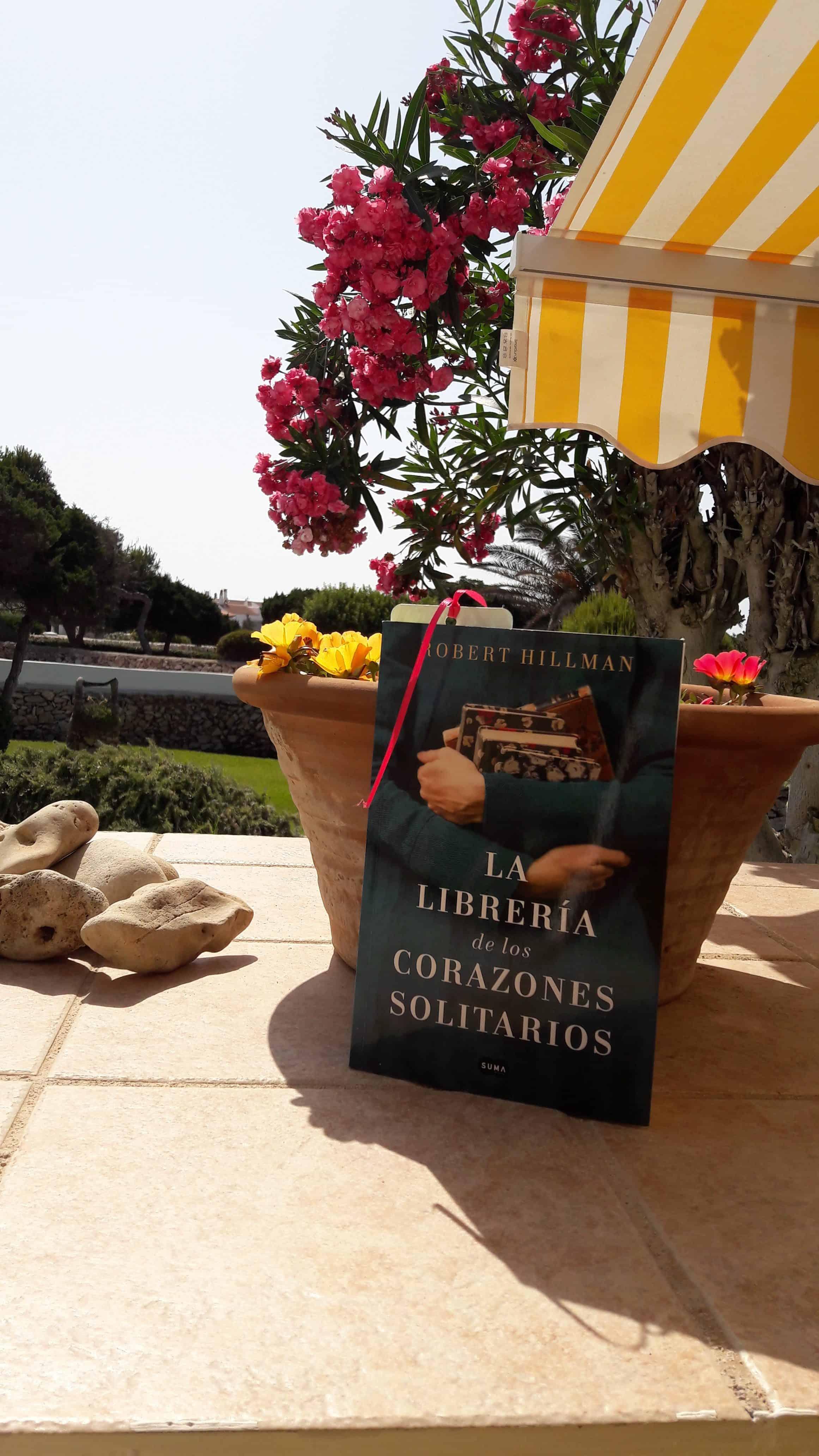 «LA LIBRERÍA DE LOS CORAZONES SOLITARIOS», de Robert Hillman