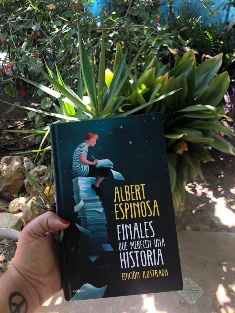 FINALES QUE MERECEN UNA HISTORIA, de Albert Espinosa.