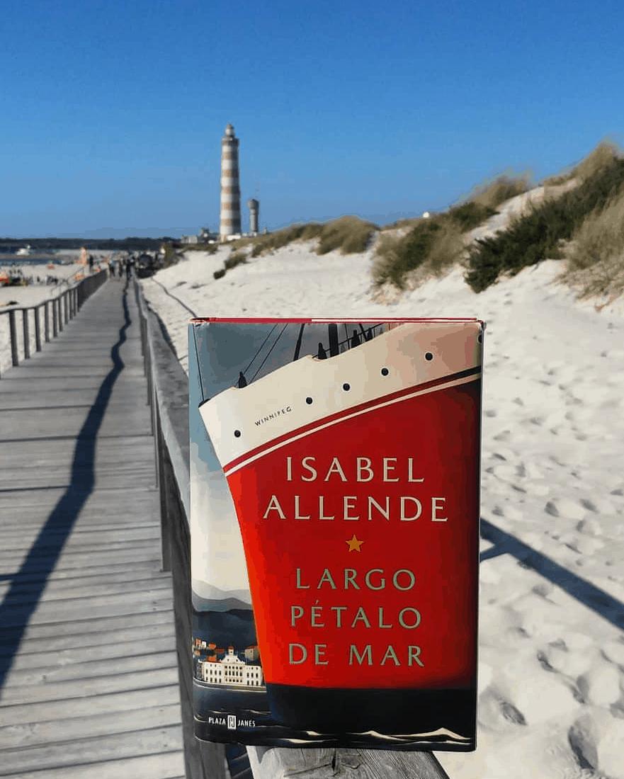 LARGO PÉTALO DE MAR. – ISABEL ALLENDE.