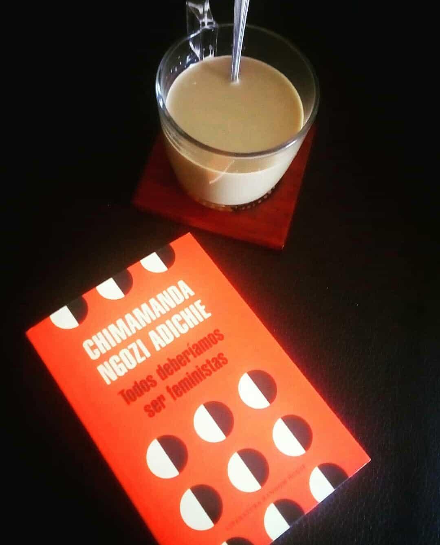 TODOS DEBERÍAMOS SER FEMINISTAS, de Chimamanda Ngozi Adichie.