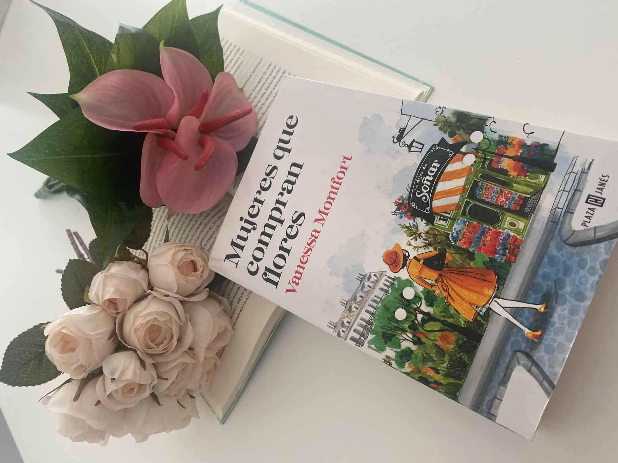 Mujeres que compran flores – Vanessa Montfort.
