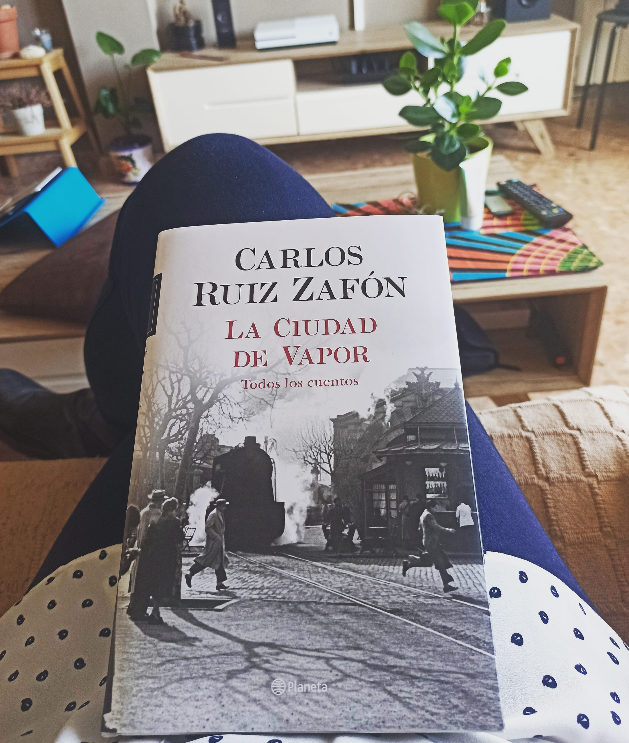 LA CIUDAD DE VAPOR, de Carlos Ruiz Zafón.