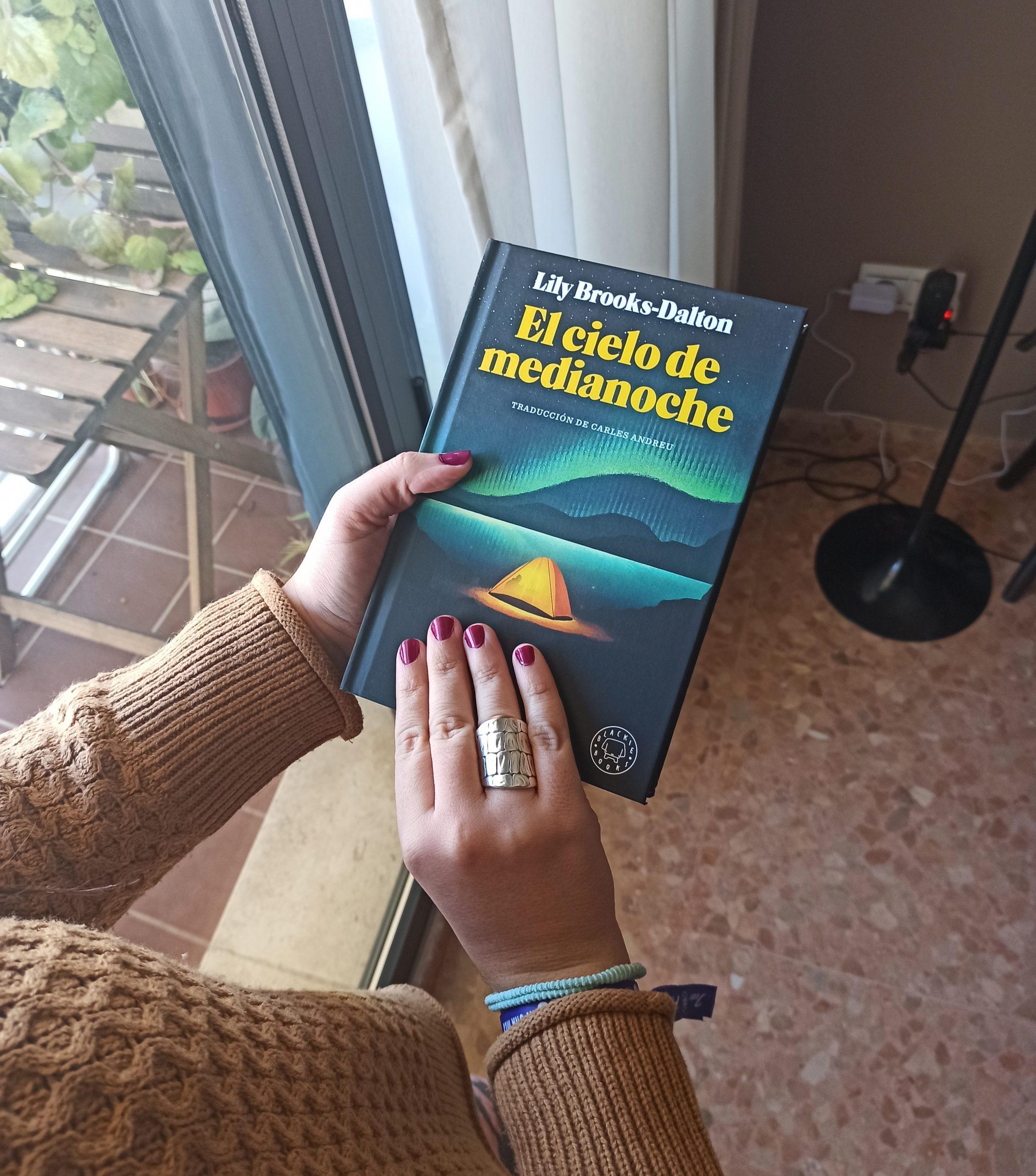 EL CIELO DE MEDIANOCHE, de Lily Brooks-Dalton.